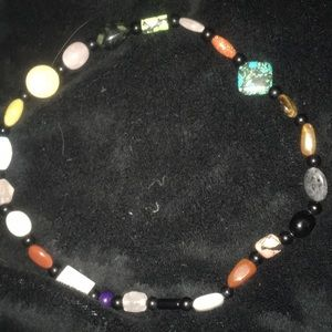 Jewelry - Beautiful Vintage Polished Stone Necklace